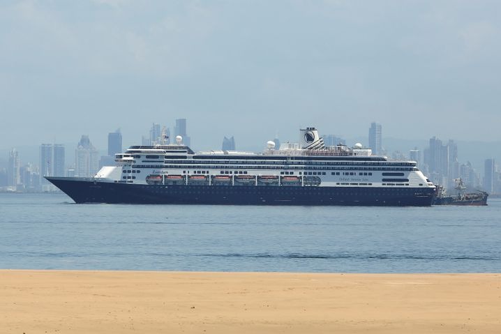 """Kreuzfahrtschiff """"Zaandam"""" (vor Panama City am 27. März): Tote an Bord, Menschen in Lebensgefahr"""