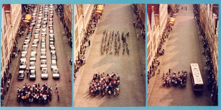 Der Flächenbedarf von 72 Personen, die per Auto, Fahrrad oder Bus in der Stadt unterwegs sind. Veranschaulicht durch eine mittlerweile international bekannt gewordene Münsteraner Aktion aus dem Jahr 1991