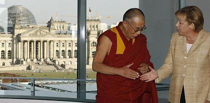Folgenreiche Begegnung: Merkel und Dalai Lama im September in Berlin