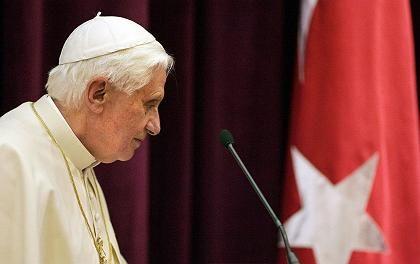 Benedikt in Ankara: Keine politische Kompetenz?