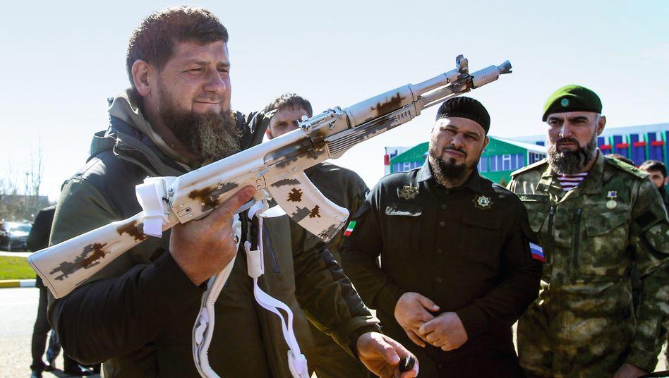Putin-Vasall Kadyrow: 500.000 Euro für einen Mord in Deutschland?