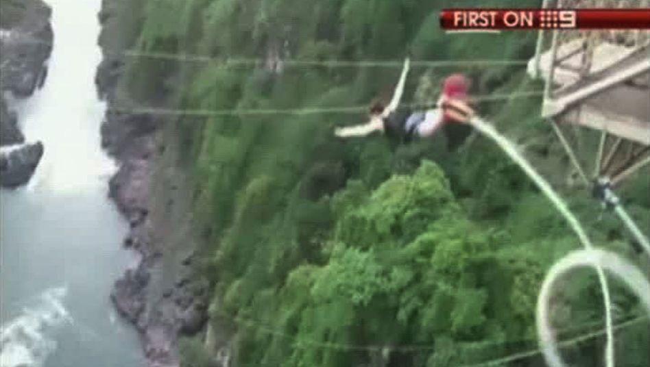Kaputtes Bungeeseil: Australierin überlebt 111-Meter-Sturz