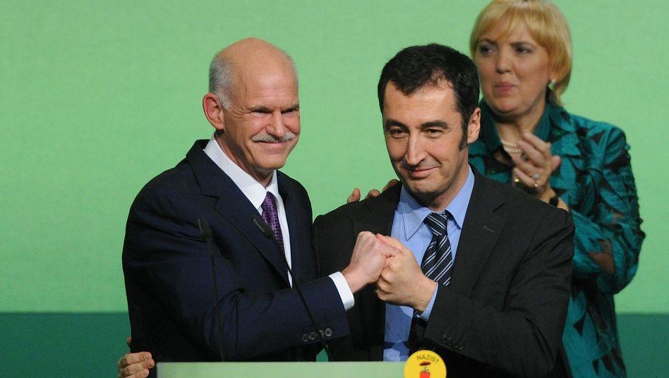 """Papandreou mit Özdemir und Roth in Kiel: """"Multikulturalismus ist kein dreckiges Wort"""""""