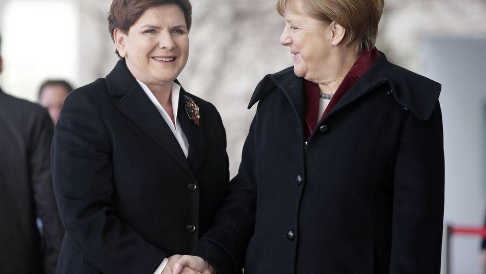 Beata Szydlo, Angela Merkel