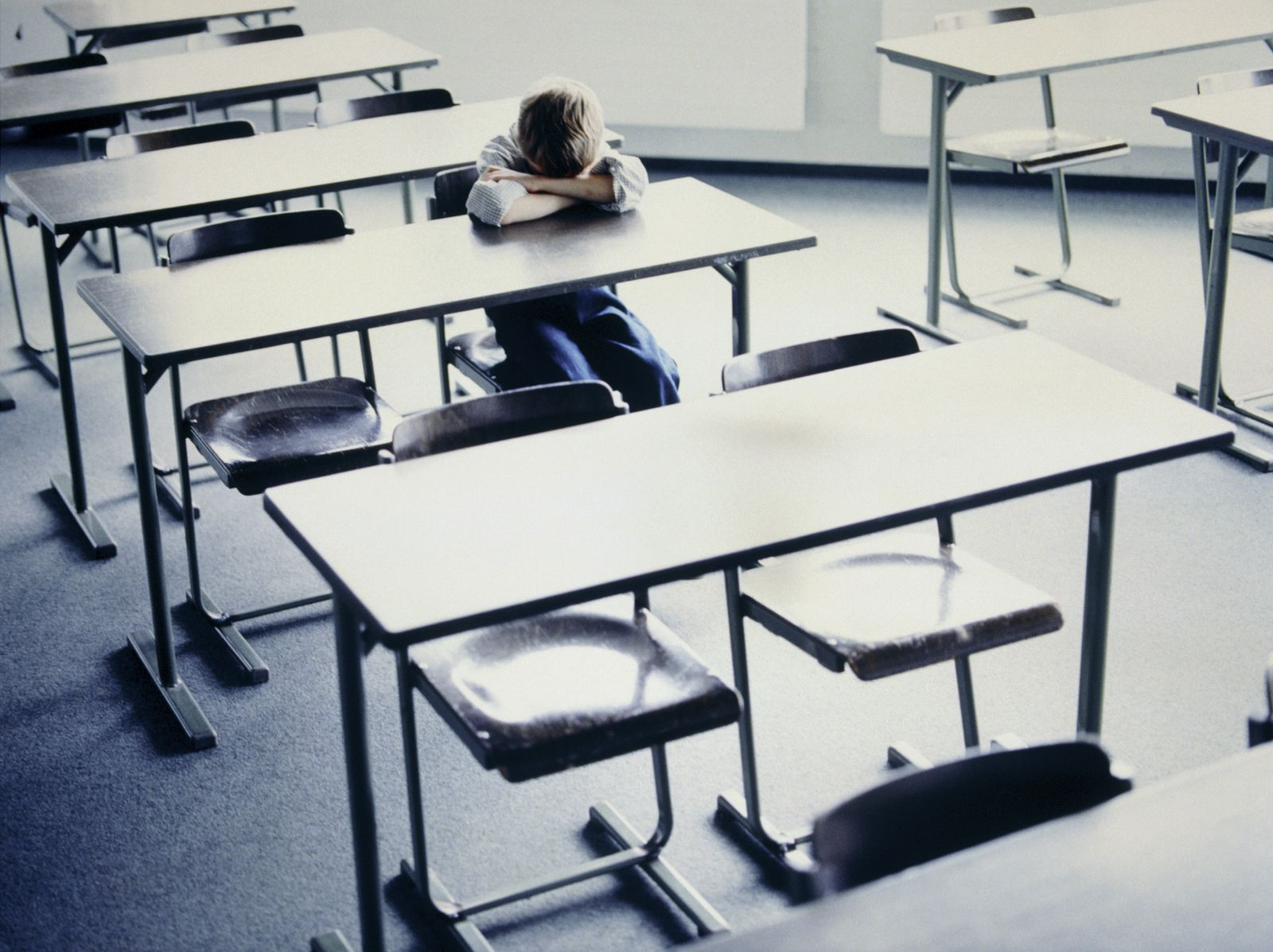 EINMALIGE VERWENDUNG Schule/ Bildung/ Trauerkloß