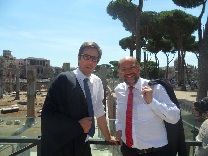 SPIEGEL-Redakteur Markus Feldenkirchen mit SPD-Kandidat Martin Schulz (in Rom 2017)