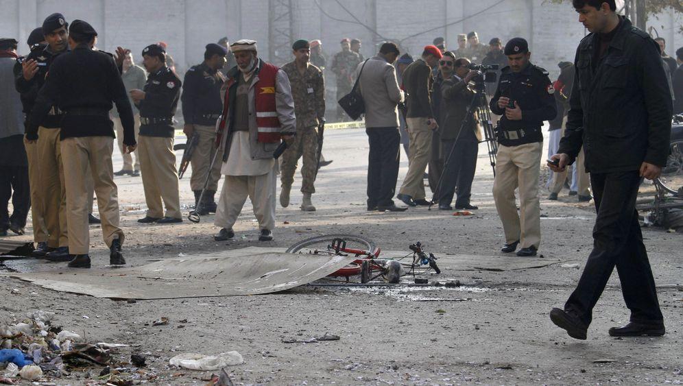 Taliban: Anschläge in Pakistan und Afghanistan