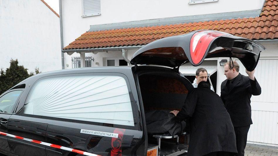 """Bestattungsunternehmer vor dem Haus der Familie in Plochingen: """"Ich wollte das nicht"""""""
