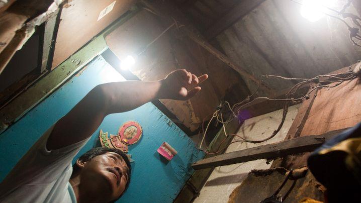 Philippinen: Plastikflaschen als Solarlampen