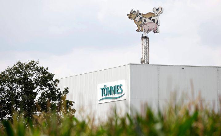 Tönnies-Werk in Rheda-Wiedenbrück: Die Frühschicht ging als erstes in Quarantäne