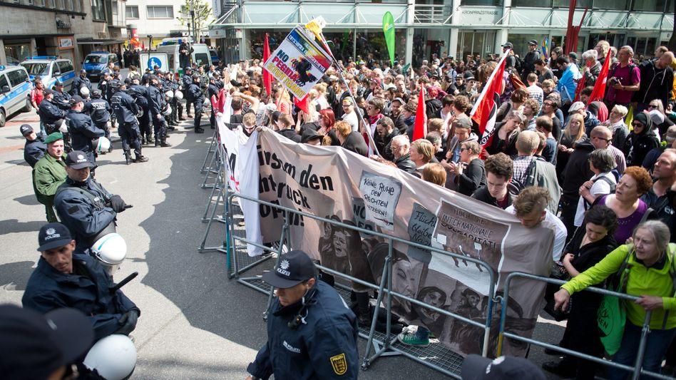 Weg frei für Pegida: In Stuttgart waren die Islamfeinde in der Minderzahl