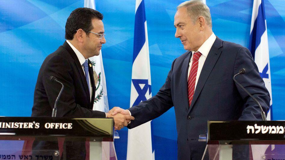 Jimmy Morales und Benjamin Netanyahu