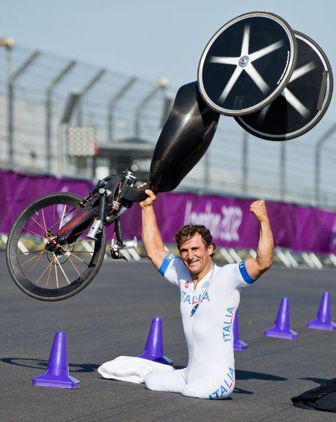 Bei den Paralympics in London 2012 holte Zanardi zwei Gold- und eine Silbermedaille