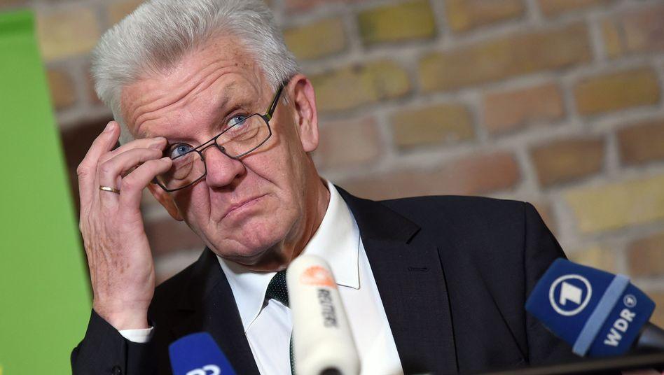 Grüner Ministerpräsident Kretschmann: Regiert er künftig per Ampel?