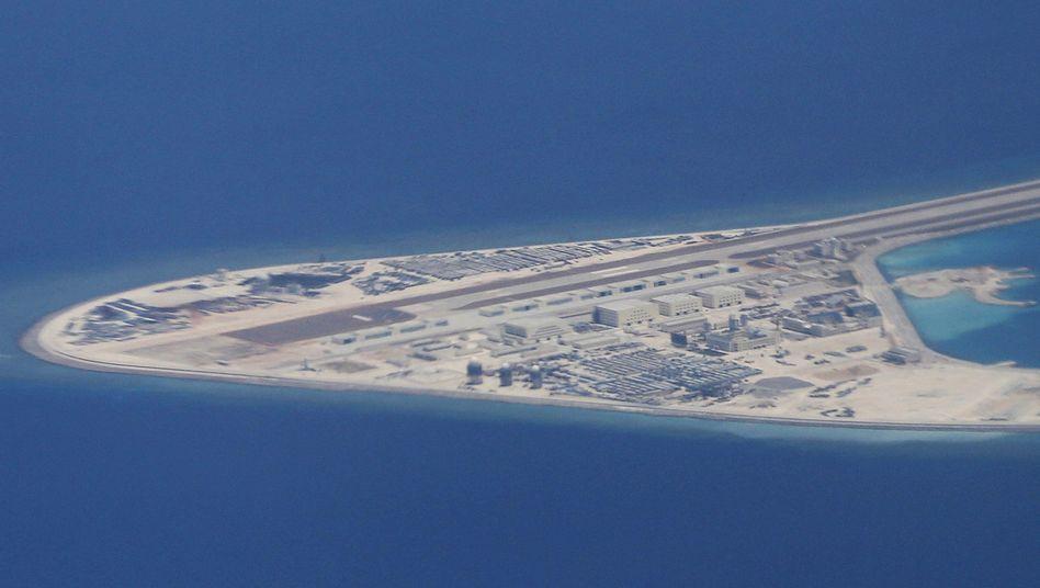 Chinesische Militäranlagen im südchinesischen Meer