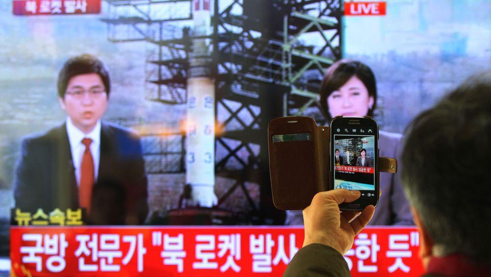 Photo Gallery: North Korean Rocket Launch Alarms Neighbors