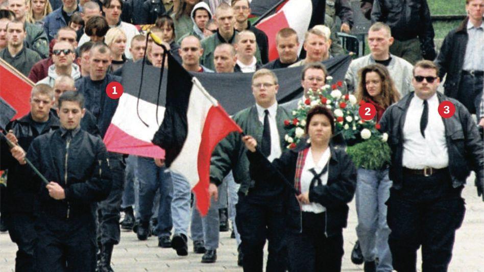 Nazi-Demonstration 1997 in Thüringen: (1) Böhnhardt, (2) Zschäpe, (3) André K.
