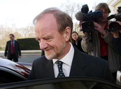 """Cook im März 2003 nach seinem Rücktritt als Labour-Fraktionschef: """"Krieg ohne internationale Unterstützung"""""""
