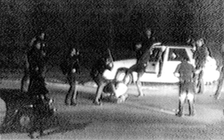 Eines der ersten Videos von Polizeigewalt: Angriff auf Rodney King (1991)