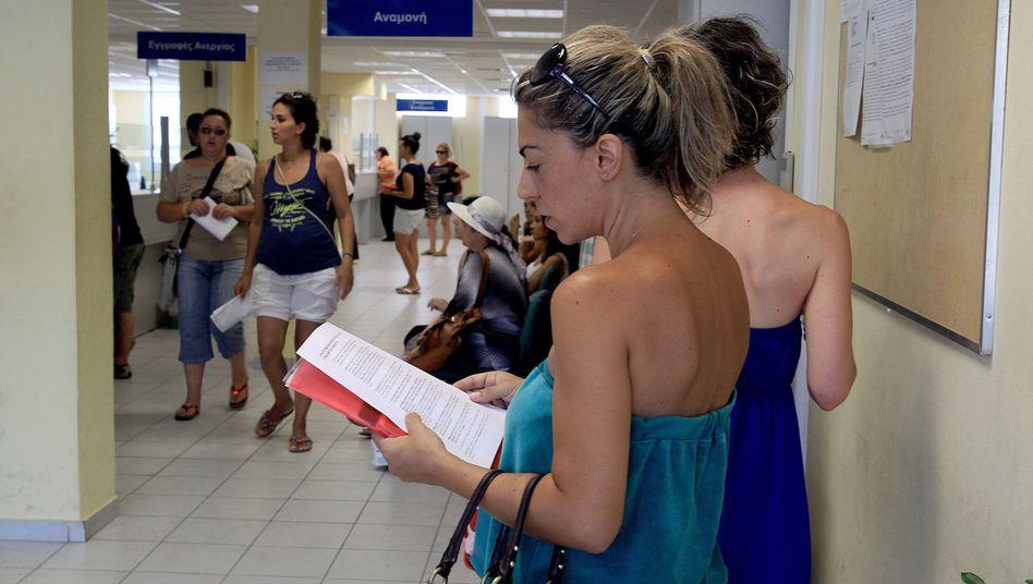 Arbeitsagentur in Athen: Aktuell liegt die Quote bei fast 28 Prozent