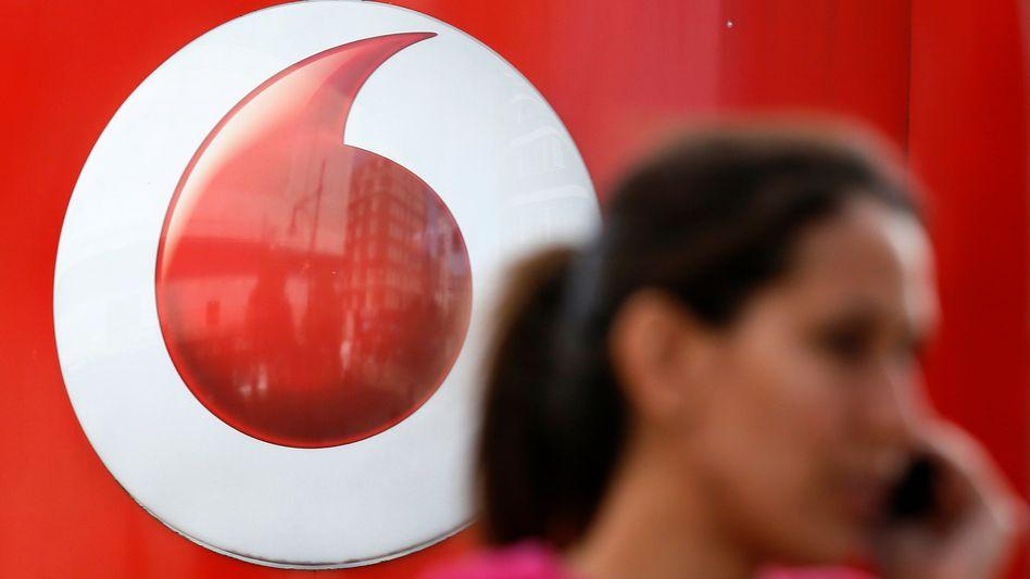 Vodafone-Logo: Höhere Energiepreise ausgleichen