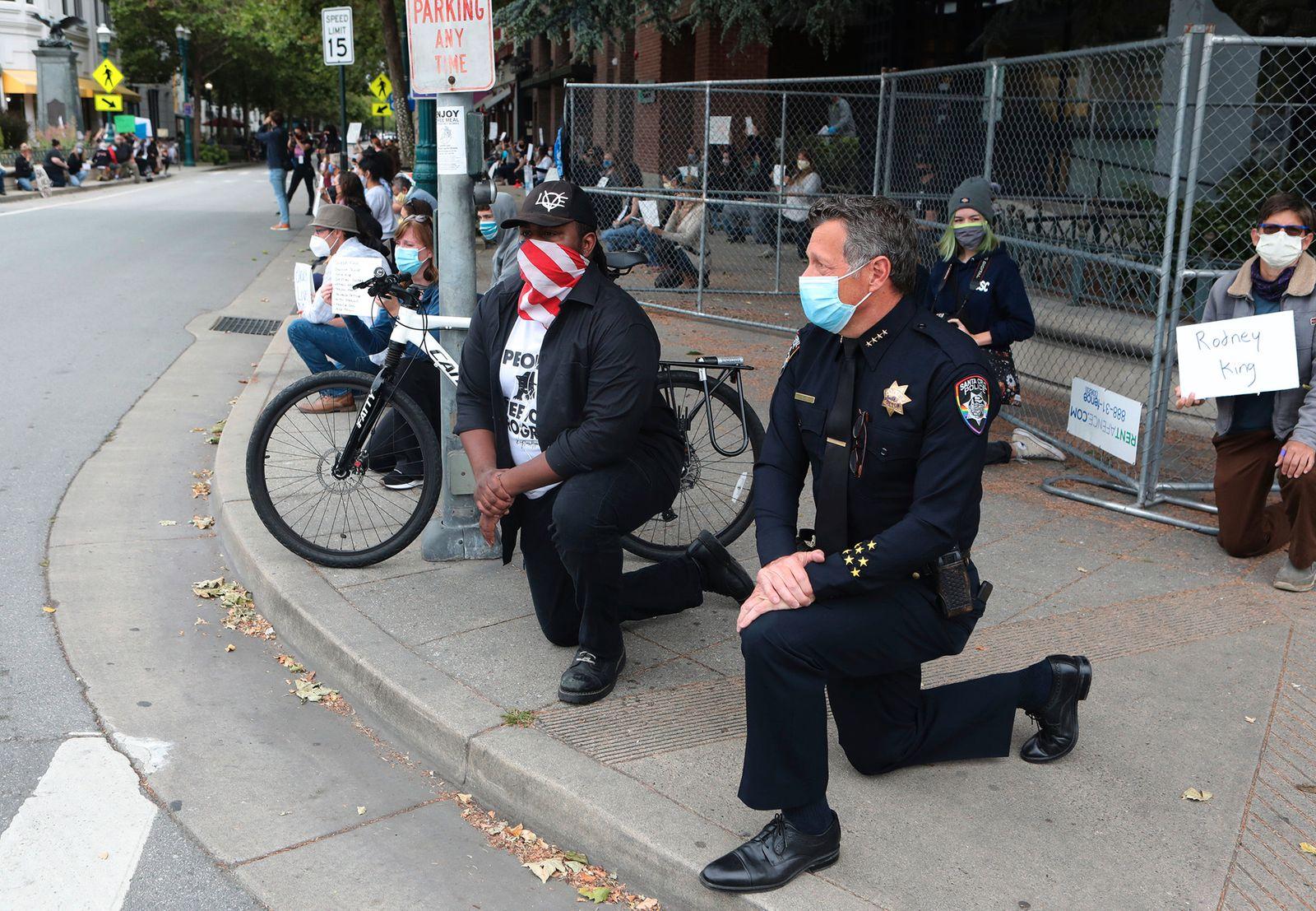 Minneapolis Police Death Santa Cruz