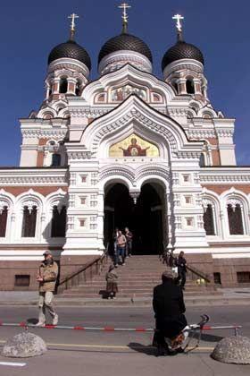 Alexander-Nevsky-Kathedrale: Das Mittelalter ist nur Fassade