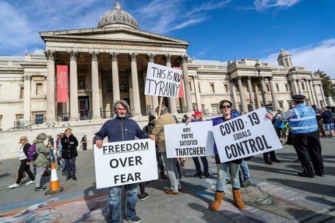 Demonstranten am Trafalgar Square in London
