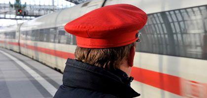 Hauptbahnhof Berlin: Bahn spionierte heimlich 173.000 Mitarbeiter aus