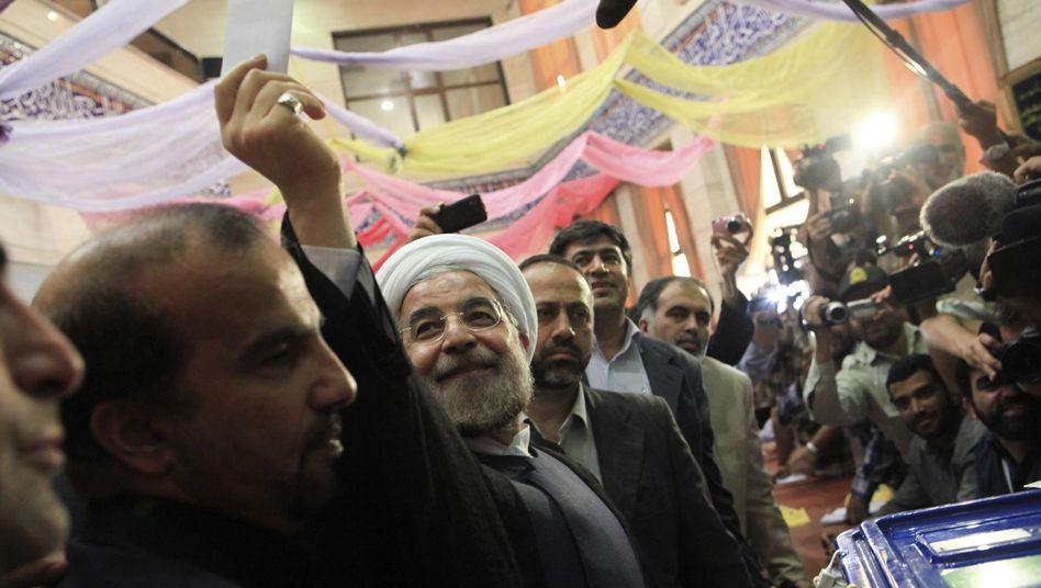 Vorsprung für Rohani: Wahl der Hoffnung für Irans Liberale