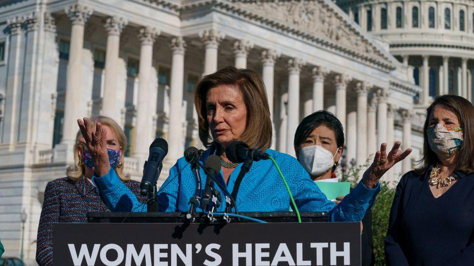 Nancy Pelosi: »Endlich haben wir in der Kammer eine Mehrheit von Demokraten, die für das Recht auf Abtreibung sind«