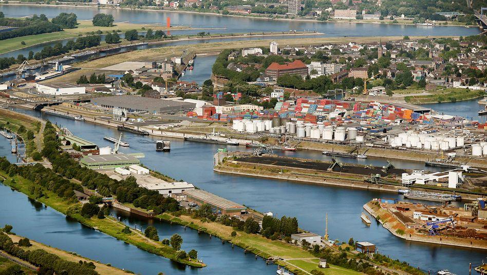 Binnenhafen Duisburg (Symbolbild)