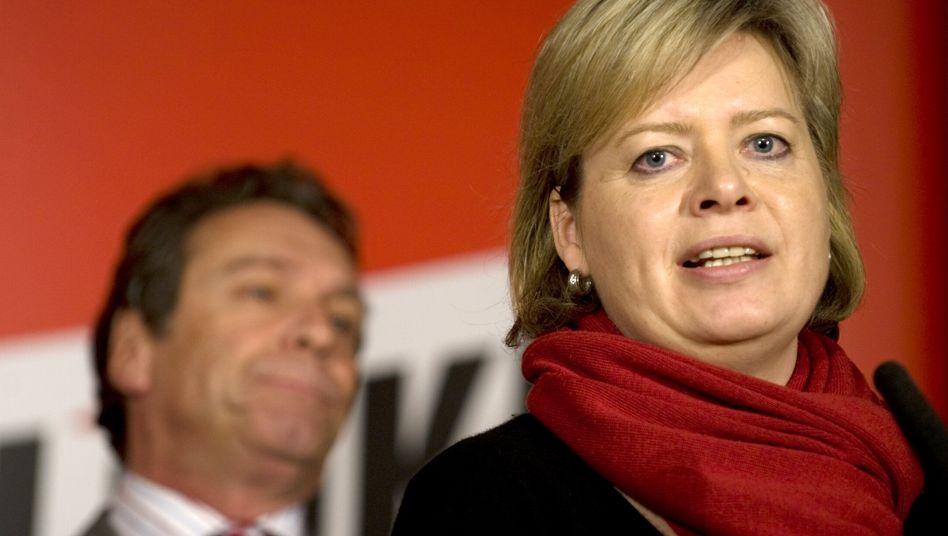Gesine Lötzsch: Die Politikerin will erste Frau an der Spitze der Linken werden