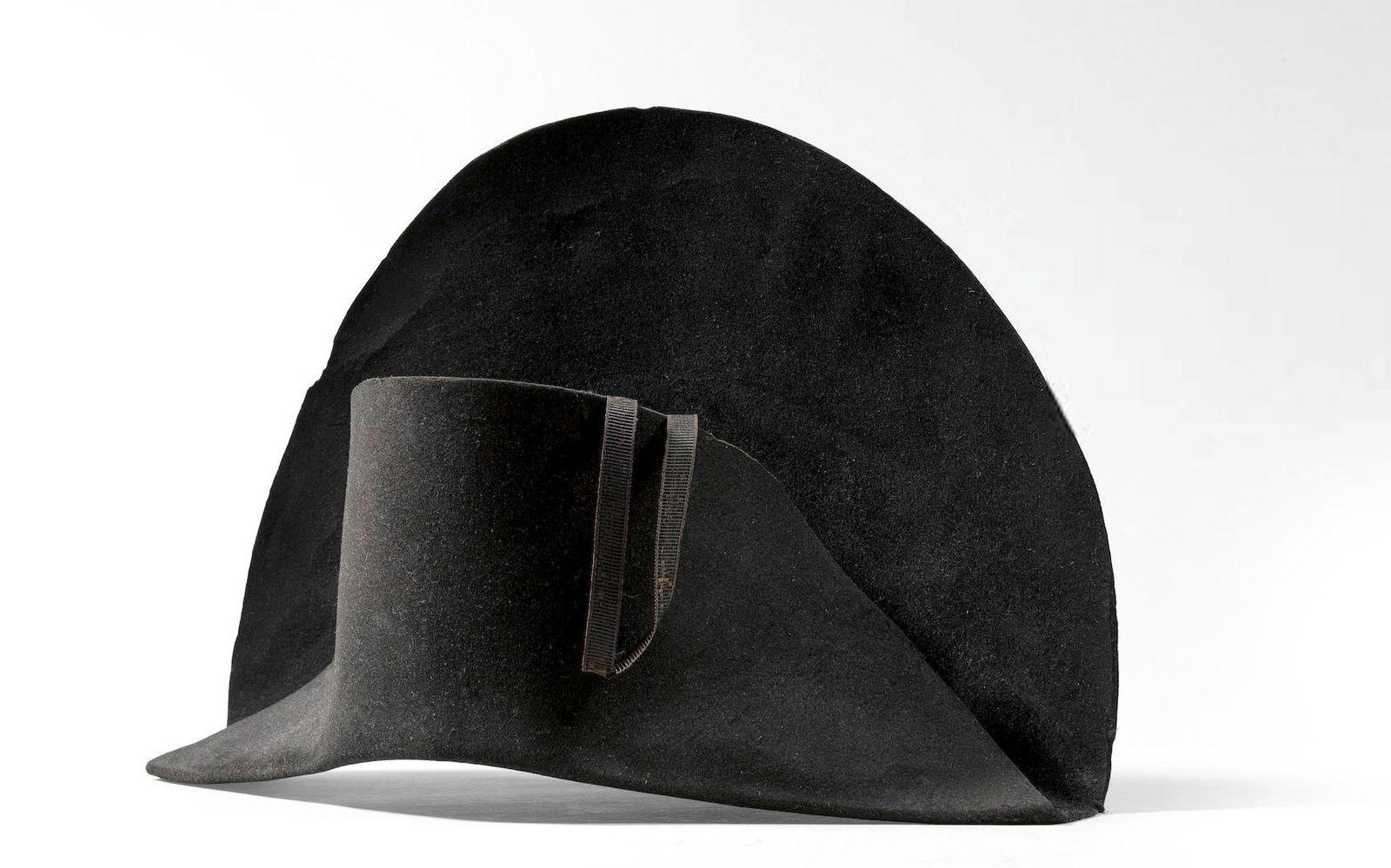 Auktion / Napoleon / Hut