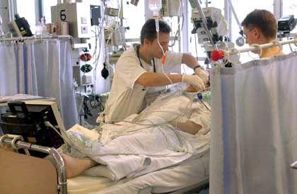 Intensivstation eines Krankenhauses: Spontanbesserungen bei Krebspatienten stürzen Mediziner in Erklärungsnot