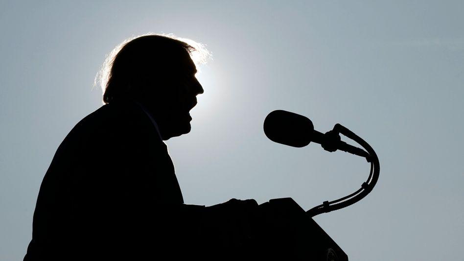 Donald Trump (im September): Wirbel um mögliches Schmiergeld-System