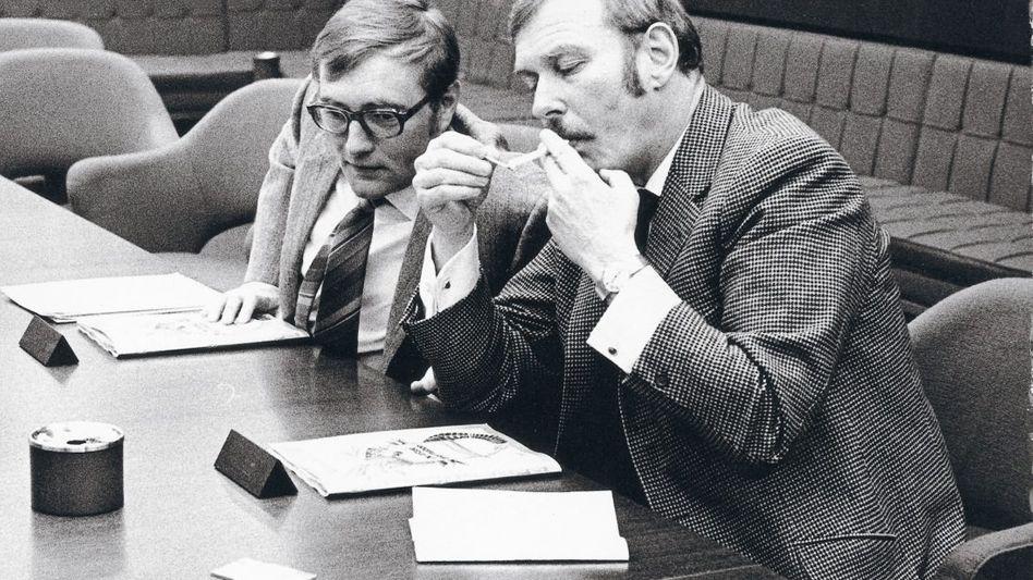 SPIEGEL-Herausgeber Augstein, Verlagsdirektor Becker 1970: Zu großer Form aufgelaufen