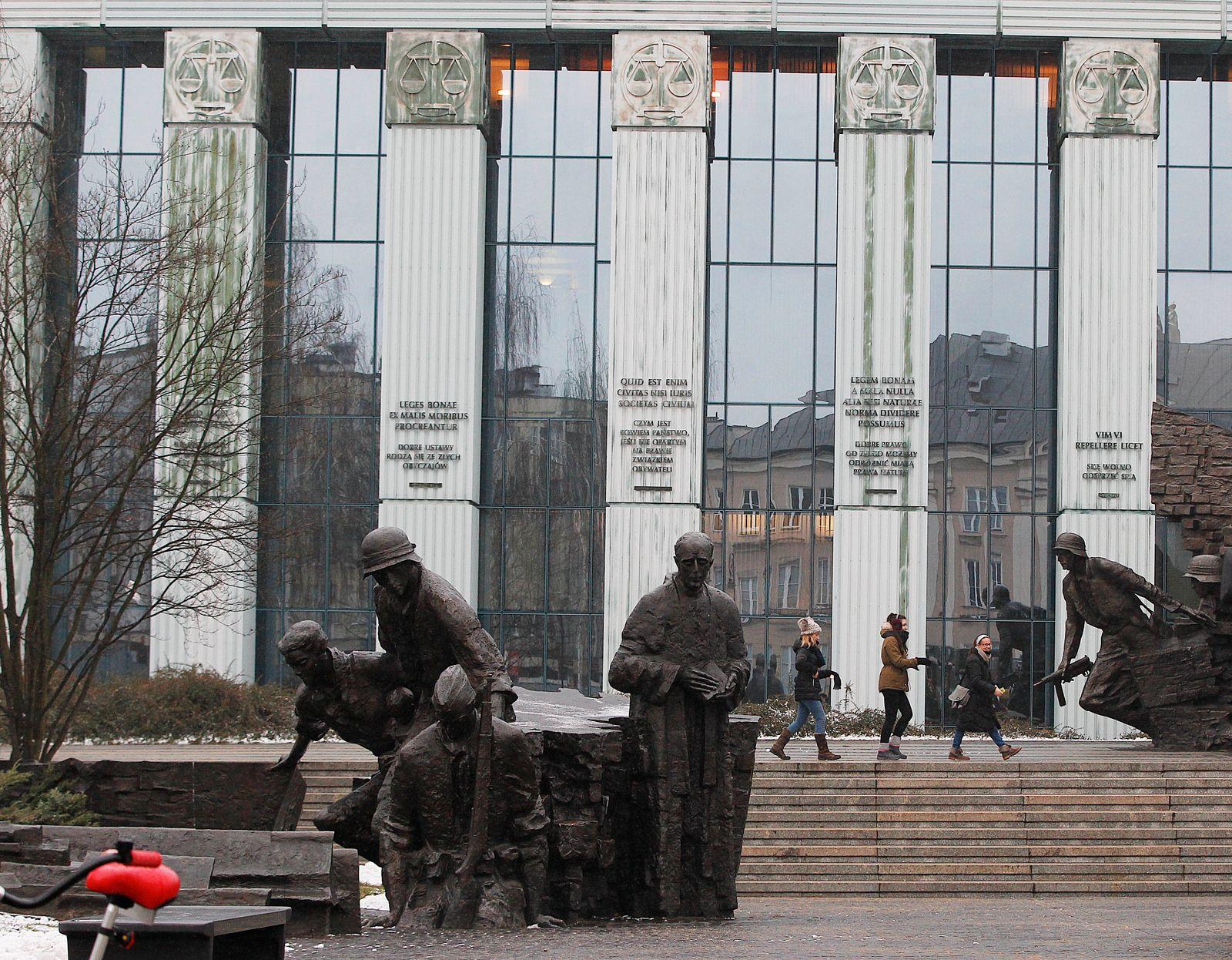 Oberstes Gericht in Warschau