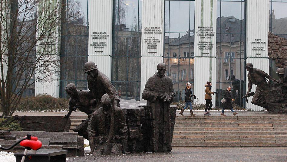Das Gebäude des Obersten Gerichts in Warschau (Archivbild von 2017)