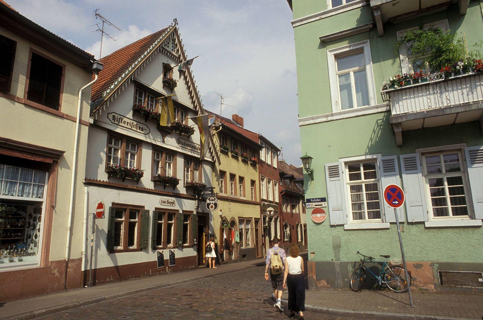 EINMALIGE VERWENDUNG Kneipe Zum Seppl Heidelberg imago50205022h