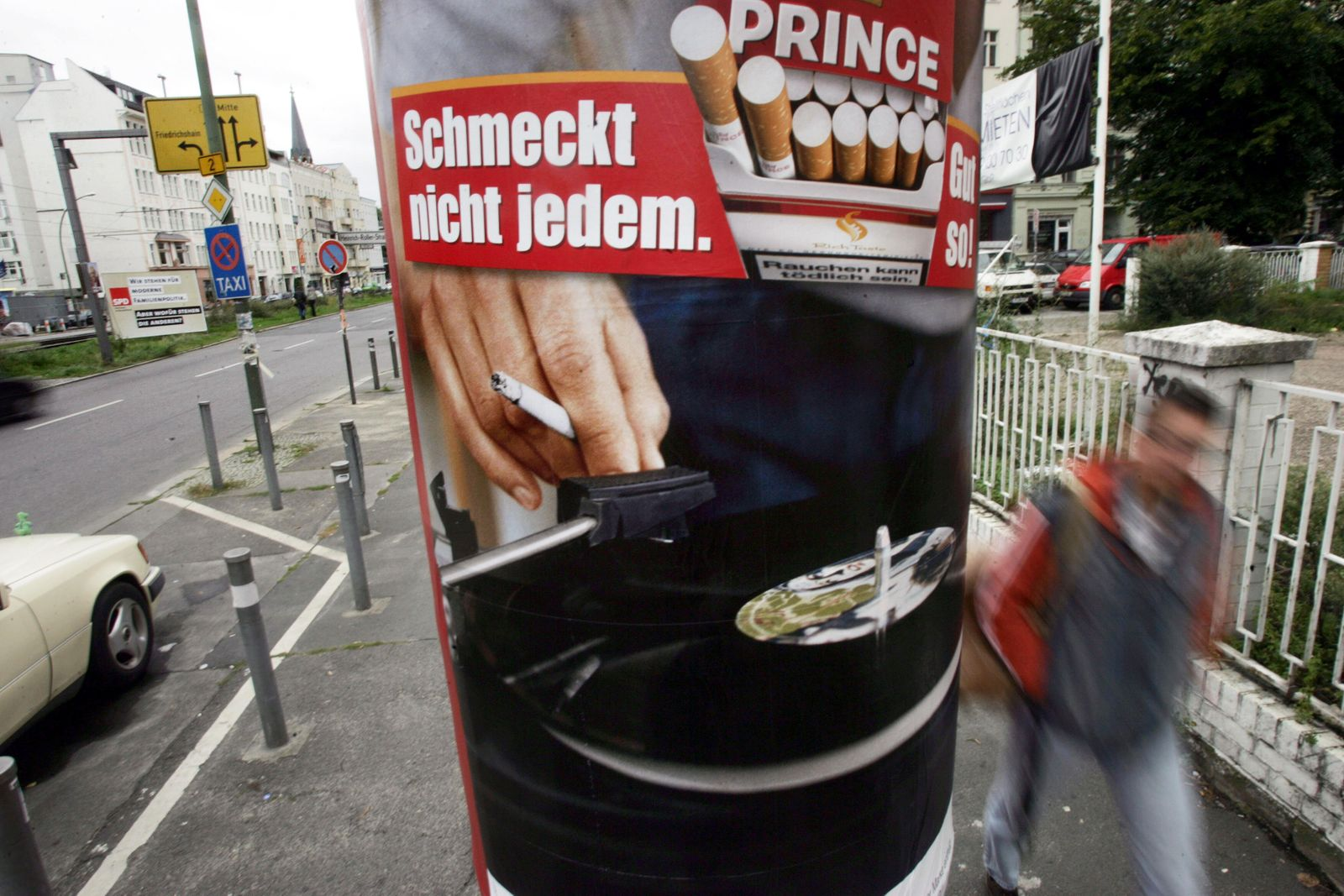 GERMANY-TOBACCO-AD