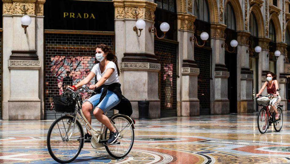Einkaufspassage in Mailand: Rezession und Pleitewelle