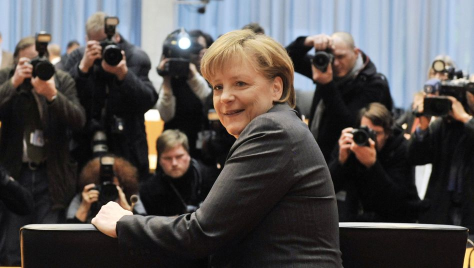Kanzlerin Merkel vor dem Untersuchungsausschuss: Hustenbonbon erst nach 90 Minuten