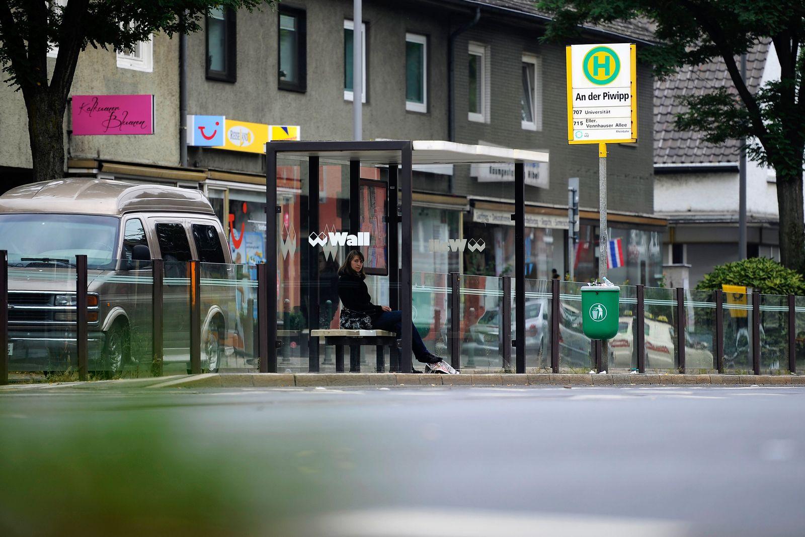 Angriff / Straßenbahn Düsseldorf