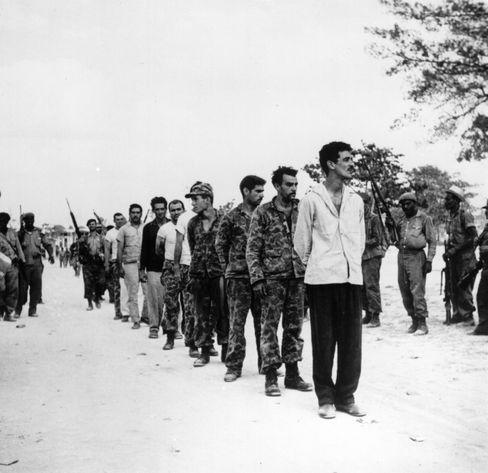 Gefangene Exilkubaner: Castros Leute nahmen mehr als 1000 Kämpfer fest