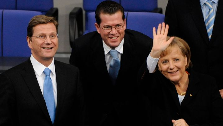 Westerwelle versus Guttenberg: Fernduell der Überflieger