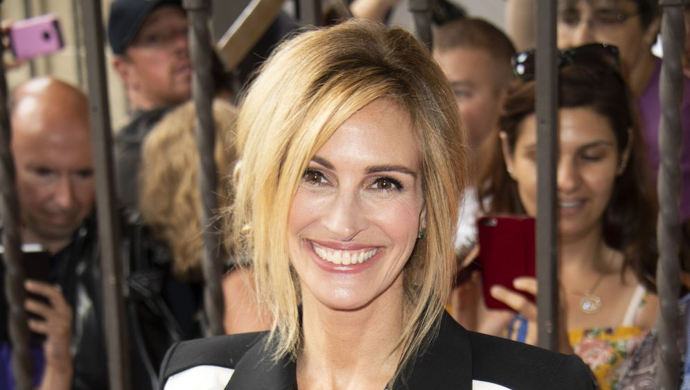 Julia Roberts: Happy Ending
