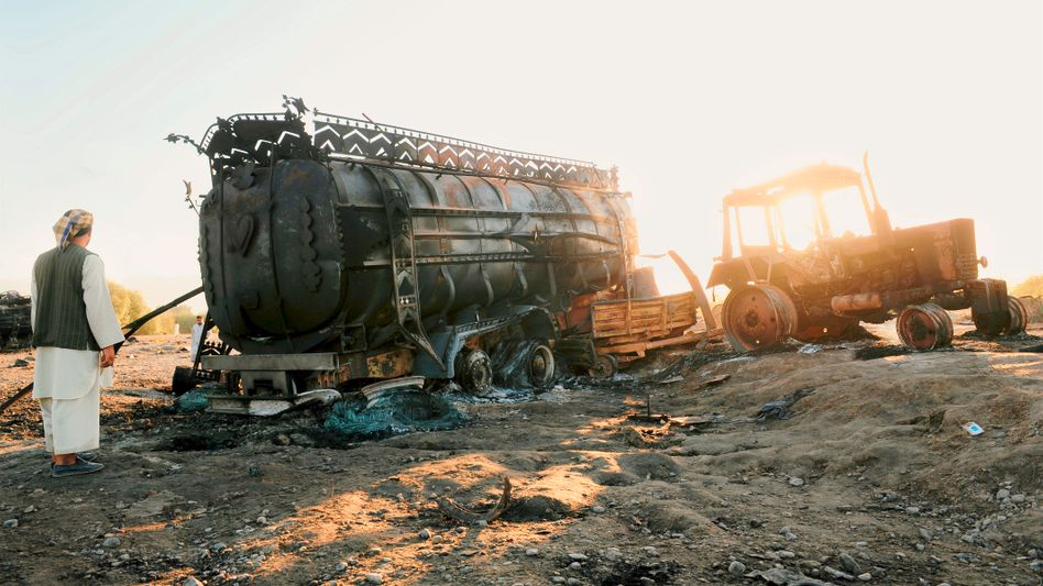 """Afghanischer Zivilist nach dem Bombenangriff: """"Aufständische vernichten"""""""