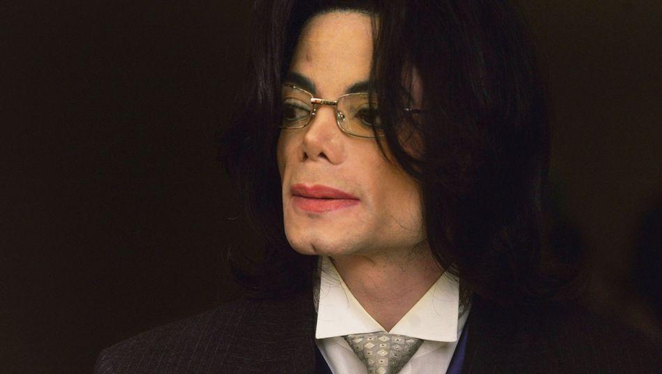 Michael Jackson im Mai 2005: Steuerbehörde fordert Geld aus seinem Nachlass