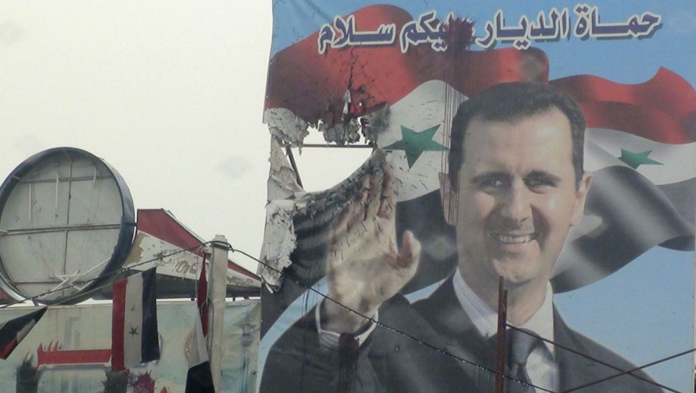 Photo Gallery: Escaping Syria's Propaganda Machine